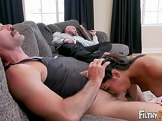 Obscene Grounding - Inamorato Teen Emily Willis Fucks Simulate Dad & Simulate Uncle