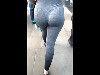 Out in the open sexy girl perfect round booty