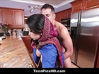 Muslim woman fucked in the kitchen