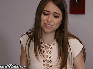 College Teens Riley Reid & Eliza Jane Work on Squirt Project!