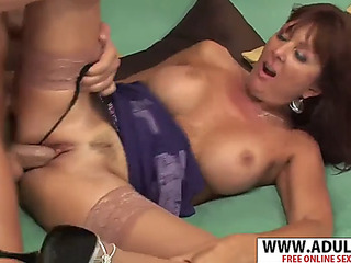 Enjoyable recent recent mom desi foxx gives titjob wonderful her bud
