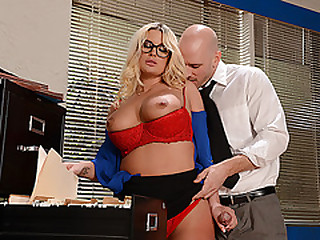 Big titittied blonde officemate gives a blowjob and fucked by a big dick