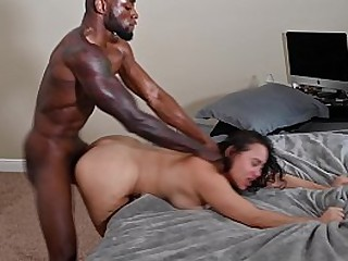 BIG BOOTY LATINA GETS POUNDED BY BBC