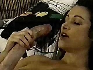 A Big Detect Hermaphrodite Cums On Herself