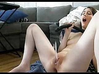 girl masturbation / chica masturbandose